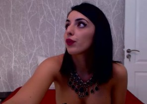 Individual chat with  Greenock 121 adult fun dame MashaFontaine While I'm Unwrapping