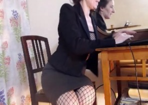 Warm chat with  Royston horny cam doll Analia While I'm Toying with my pussy