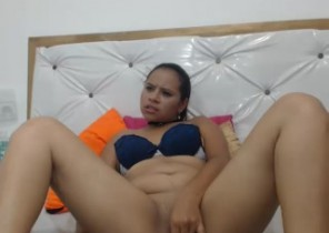 Dating chat with  Llanwrtyd Wells 1 on 1 cam sex dame HotKimm While I'm Getting naked