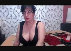 Kinky chat with  Ventnor dirty cam babe HotMadamForU While I'm Wanking my puss