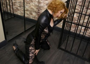 Online chat with  Skelmersdale 1 on 1 adult chat female ISurenderToU While I'm Masturbating
