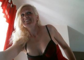 Online chat with  Sandy 1 on 1 cam sex nymph SquirtDelphina While I'm Frolicking with my slit