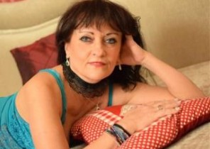 Open chat with  Blyth 1-2-1 sexy time girl CindyCreamy While I'm Fingering