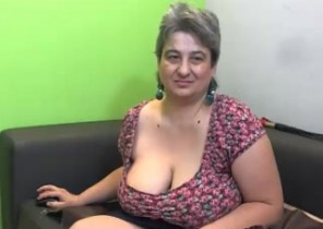 X-rated chat with  Cramlington 121 sex chat ex gf Galiya While I'm Stripping