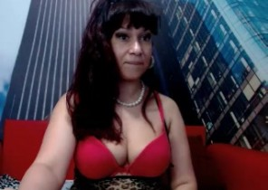 Steaming chat with  Thetford XXX show doll JuliaCher While I'm Finger-tickling