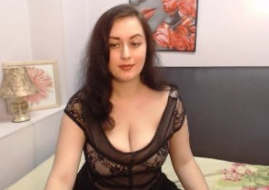 HARD-CORE chat with  Hawick horny cam babe KattieDoggie While I'm Milking