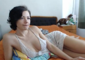 Live chat with  Ripon horny cam slapper Dominatrix While I'm Getting naked