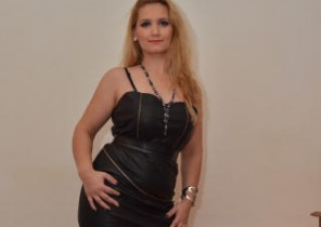 Intimate chat with  Swanage cam female SensualKaryna While I'm While you jack