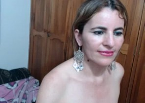 GONZO chat with  Londonderry XXX wanking ex-gf Anaimy While I'm Milking