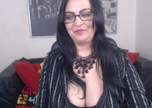Local chat with  Moreton in Marsh 1 on 1 adult chat ex-gf ElegantMira While I'm Playing with my vagina