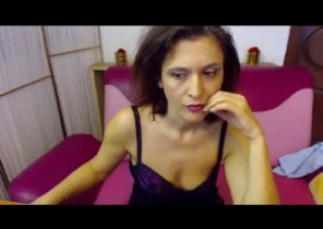 Individual chat with  Allynahinch 121 adult fun doll PinkKitty While I'm Playing with my labia