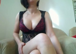Messy chat with  Bognor Regis dirty 121 sex doll SensuelleM While I'm Wanking
