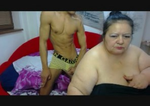 Android chat with  Grimsby cam girl BigShowHotCouple While I'm Finger-tickling