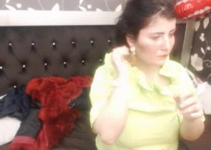X-rated chat with  Leatherhead XXX cam doll DivineJeweels While I'm Disrobing