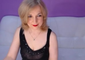 X-rated chat with  Wincanton XXX cam cockslut HelenEvans While I'm Playing my asshole