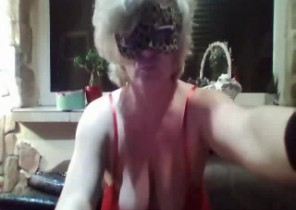 Live chat with  Sale XXX wanking dame LustyPamela69 While I'm Groping myself