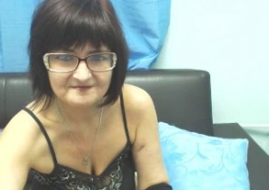 Personal chat with  Falmouth 1 on 1 cam sex babe Lycisia While I'm Playing with myself
