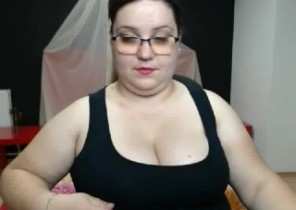 Edible chat with  Willenhall XXX cam slag BustyAlicia69 While I'm Toying my asshole