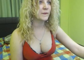 X-rated chat with  Ryde cam2cam female JosephineMiss While I'm While you wank