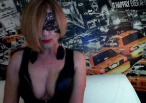 X-rated chat with  Fareham 121 cam fun cockslut Scintilla While I'm Fondling myself