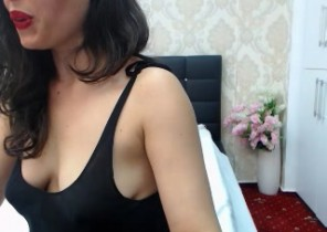 Very Torrid chat with  Yateley XXX Nude ex-girlfriend SusanBelle While I'm Finger-tickling