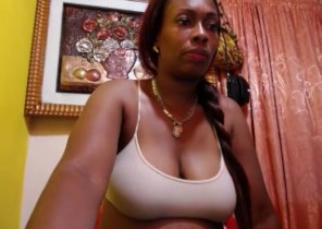Android chat with  Wem 121 sex chat chick AnaSexyLove While I'm Milking