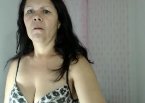 Rude chat with  Bletchley dirty 121 sex lady DaphneBella While I'm Frigging