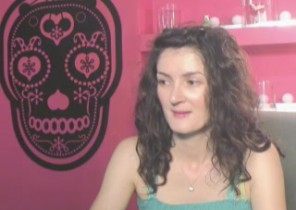 Dating chat with  Anbury horny cam ex-gf EmmaBrie While I'm Stroking
