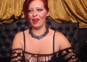 Live chat with  Liskeard strip cam doll RedHeadSwich While I'm Toying with my gash