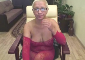 Private chat with  Lanark strip show female HairyPussyShow While I'm While you masturbate