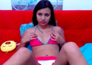 Live chat with  Markethill 121 cam fun dame LucyRubio While I'm Unclothing