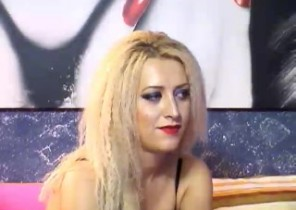 Red-hot chat with  Hessle 121 sex chat ex-gf RebeccaB While I'm Showing my twat