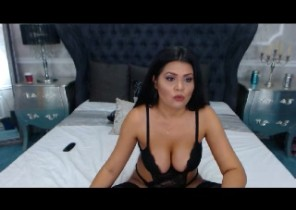 Sizzling chat with  Prescot horny cam chick Anaisse While I'm Toying my asshole