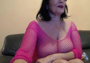 Local chat with  Lsager cam former gf Mouna While I'm Playing my asshole