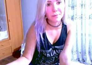 Immediate chat with  Angor 1 on 1 cam sex chick SakuraHott While I'm Fingering