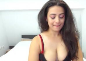 Kik chat with  Wrexham nude cam lady SweetyAlex While I'm Frigging