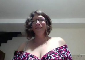 Online chat with  Cowes 1 on 1 adult chat lady Vivi69 While I'm While you masturbate