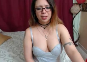 Rude chat with  Westbury 121 adult fun ex-girlfriend SharonLee69 While I'm Finger-tickling
