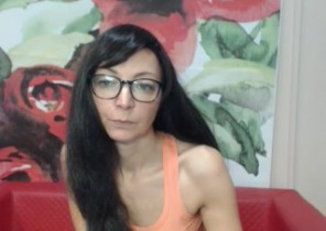 Local chat with  Bude strip show slapper KylaXBlack While I'm Fingering