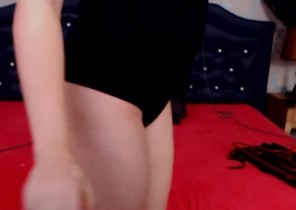 Online chat with  Glasgow strip cam ex-girlfriend AaliyahTease While I'm Undressing