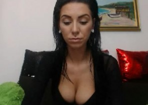 Steaming chat with  Exhill on Sea XXX cam slapper CandyellaHot While I'm Fingering my ass
