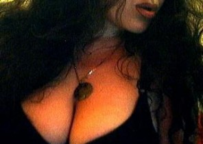 Super-naughty chat with  Wotton under Edge XXX cam doll TaniaWind While I'm Fingering my ass
