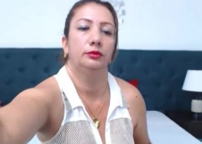 Kik chat with  Petworth strip show hoe AnaMancini While I'm While you jerk