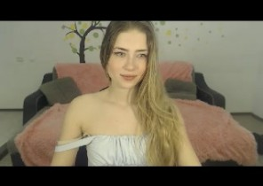Filthy chat with  Erwick upon Tweed horny cam chick AzureSophie While I'm Toying my asshole