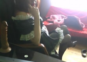 Online chat with  Cowes cam ex-gf DoloresTS While I'm Playing with my vulva