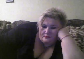 Rude chat with  Dunbar 1-2-1 sexy time slut GraceLiks While I'm Frigging