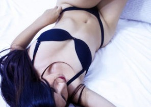 Immediate chat with  Horwich cam2cam female TeylorWrigth While I'm Milking my labia