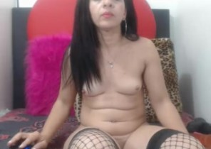 Snapchat chat with  Bloxwich XXX masturbation bitch Yeimi While I'm Getting naked