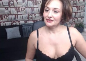 Very Super-steamy chat with  Cinderford XXX masturbation babe MoniqueBest While I'm Jacking