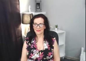 Jummy chat with  Dewsbury 121 adult fun dame WildAnneX While I'm Fondling myself